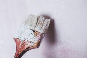 art-wall-brush-painting-medium
